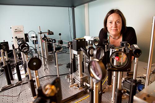 Foto: Ringmor Baraas, professor i optometri og synsvitenskap ved Høgskolen i Sørøst-Norge