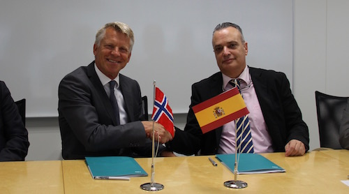 Agreement University of Southeast Norway and Isdefe
